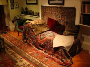 Psychoanalytic Therapy & Training